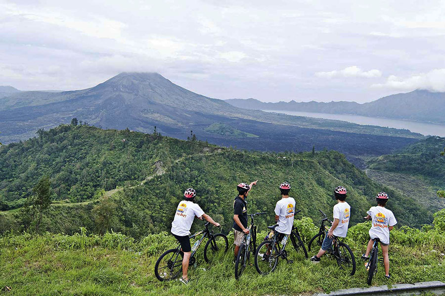 Cycling Tour1