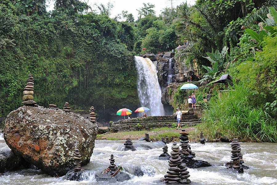 Bali Safest Driver Tour Tegenungan Waterfall