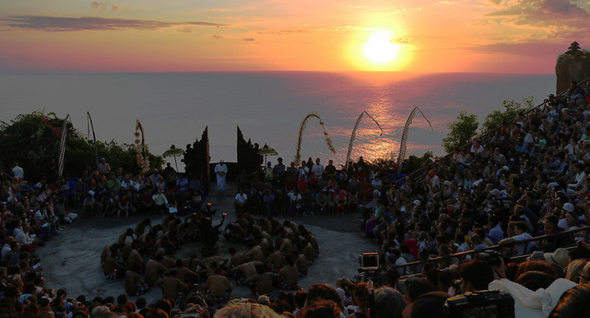 Bali Safest Driver Uluwatu Sunset Kecak Dance