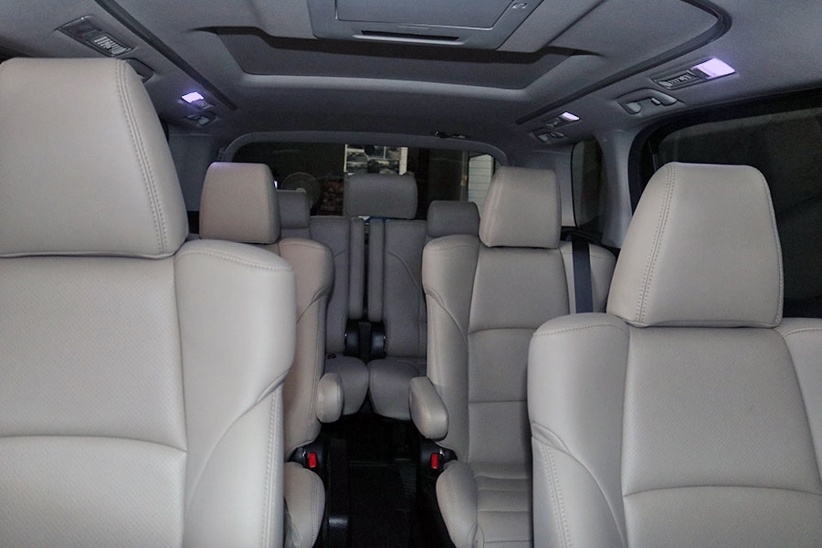 Bali Safest Driver Toyota Alphard 6 Seat