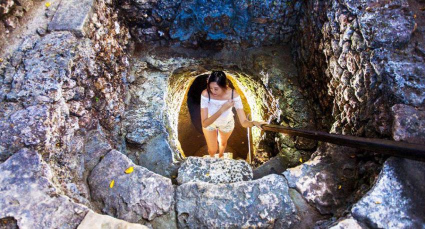 Bali Sightseeing Underground House in Nusa Lembongan